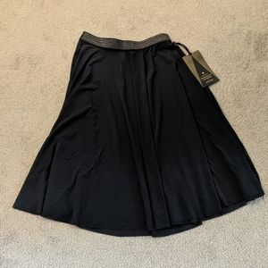 Lululemon size 6 principal dancer skirt